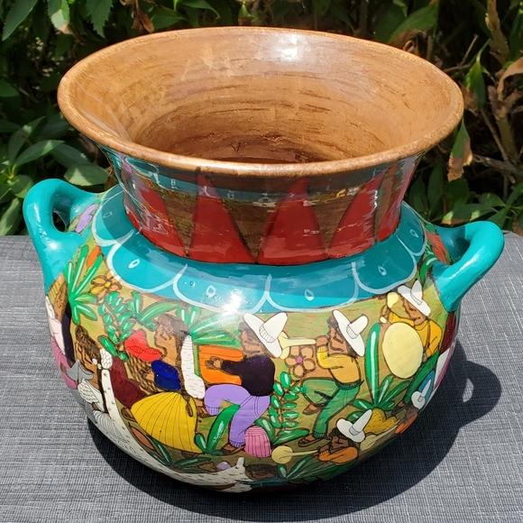 Mexican vintage pot/ urn